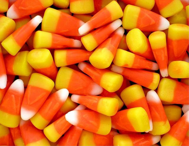 candy-corn-525475_640